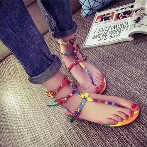 New Women Flip Flop Flats Gladiator Cross Shoes Beach Rivet Slipper Sandals