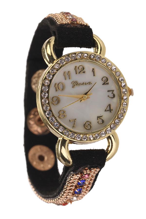 Pretty White Women Lady Crystal Suede Leather Quartz Wrist Watch Wrists