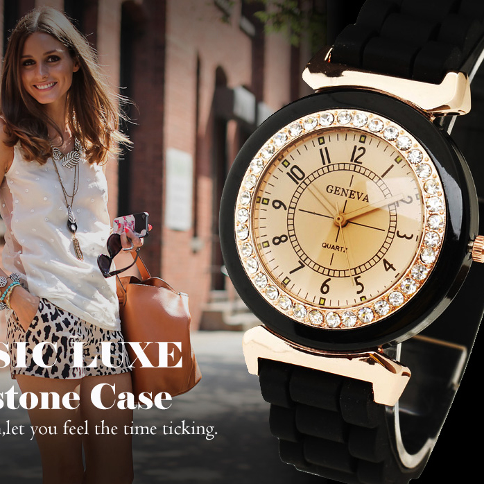 New Fashion Geneva Women's Rhinestone Silicone Band Analog Quartz Wrist Watch